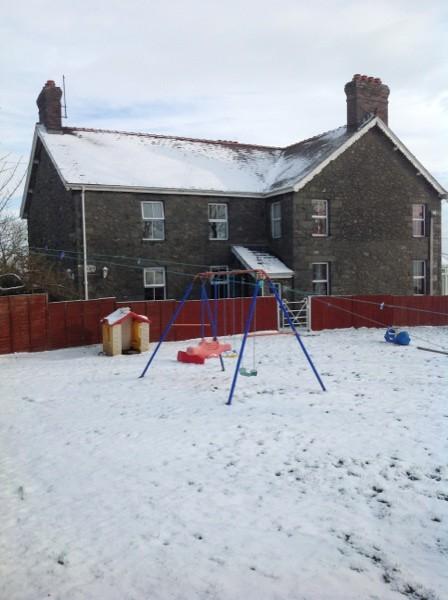 farm_in_snow1